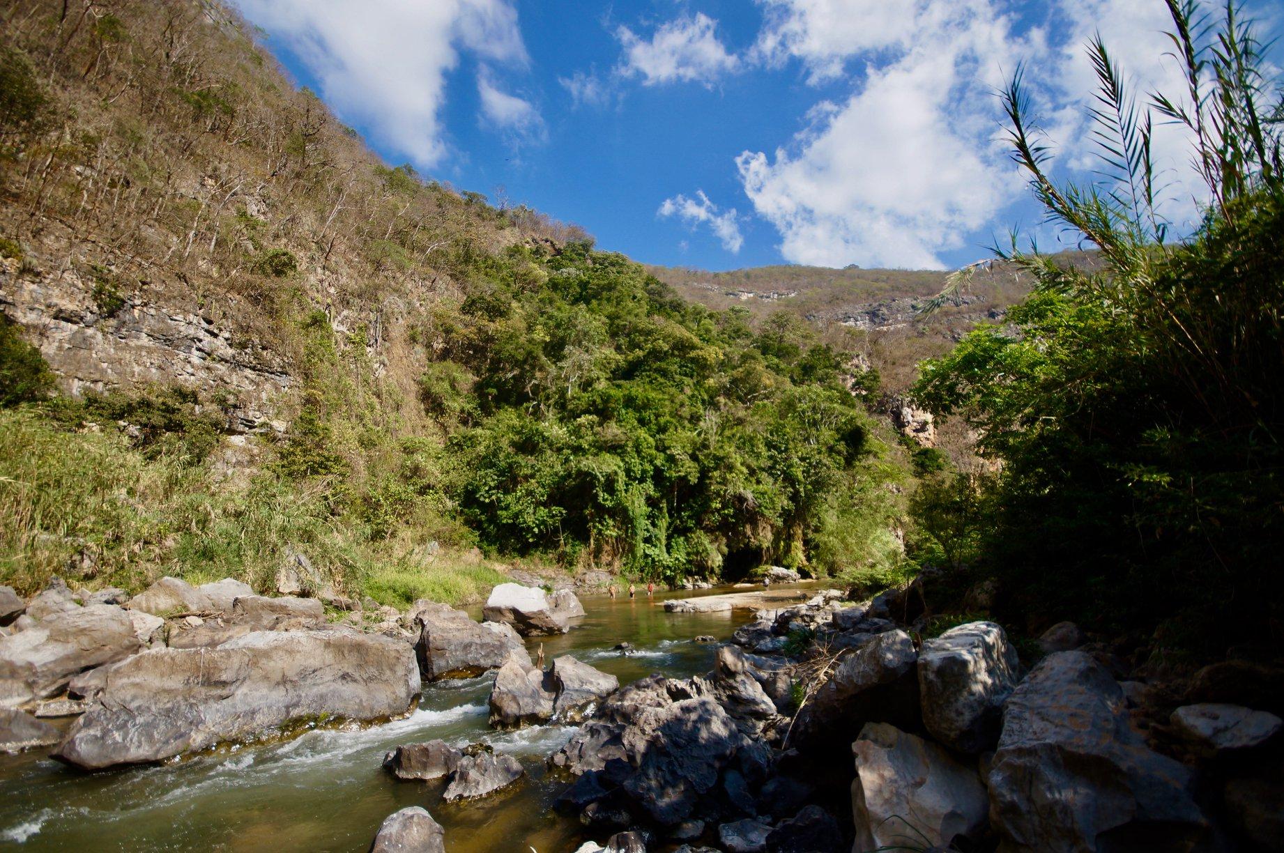 Aguacero overnight rock climbing San Cristobal Mexico00004