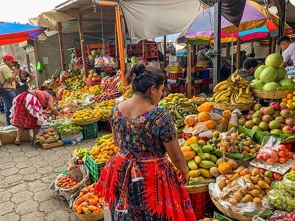 Antigua-Guatemala-Lustrumreis-Markt
