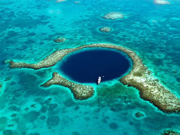 Belize_BlueHole_Lustrumreis