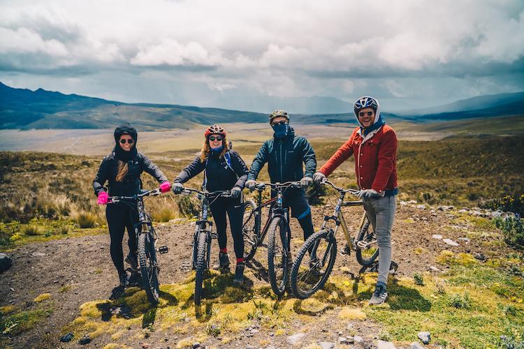 Ecuador Cotopaxi mountainbiken downhillen secret garden hostel 2