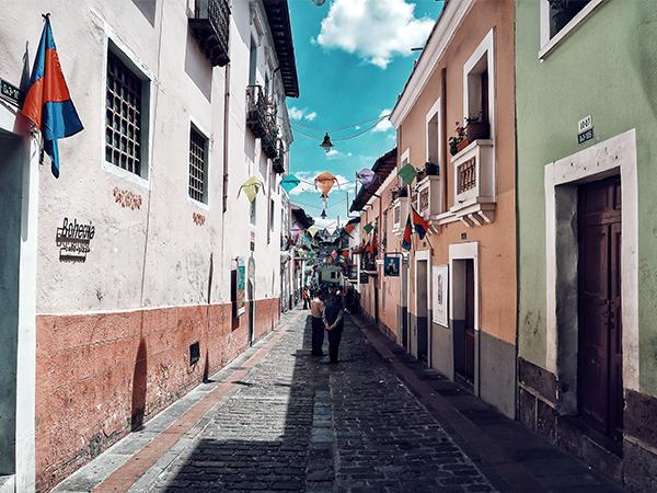 Ecuador-Lustrumreis-Quito-street