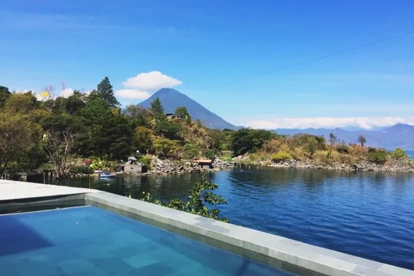 Guatemala Atitlan Villa Gustavo 4