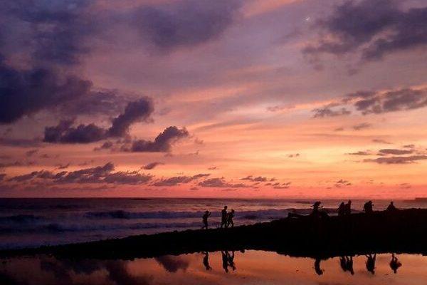 Bezoek El Tunco strand tijdens je lustrumreis in El Salvador