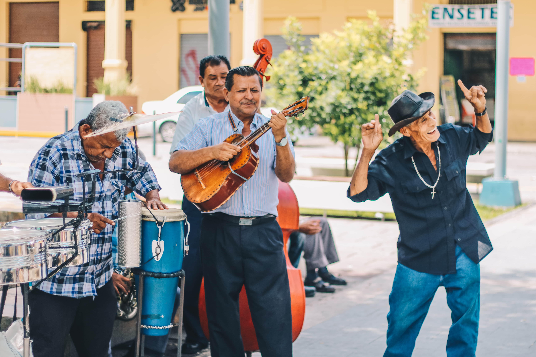 Stappen in San Salvador op je Lustrumreis door El Salvador