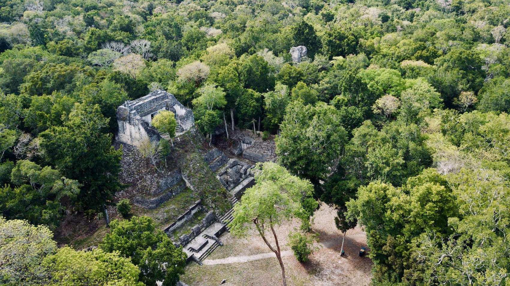 Lustrumreis Guatemala 4x4 Peten Drone Nakum