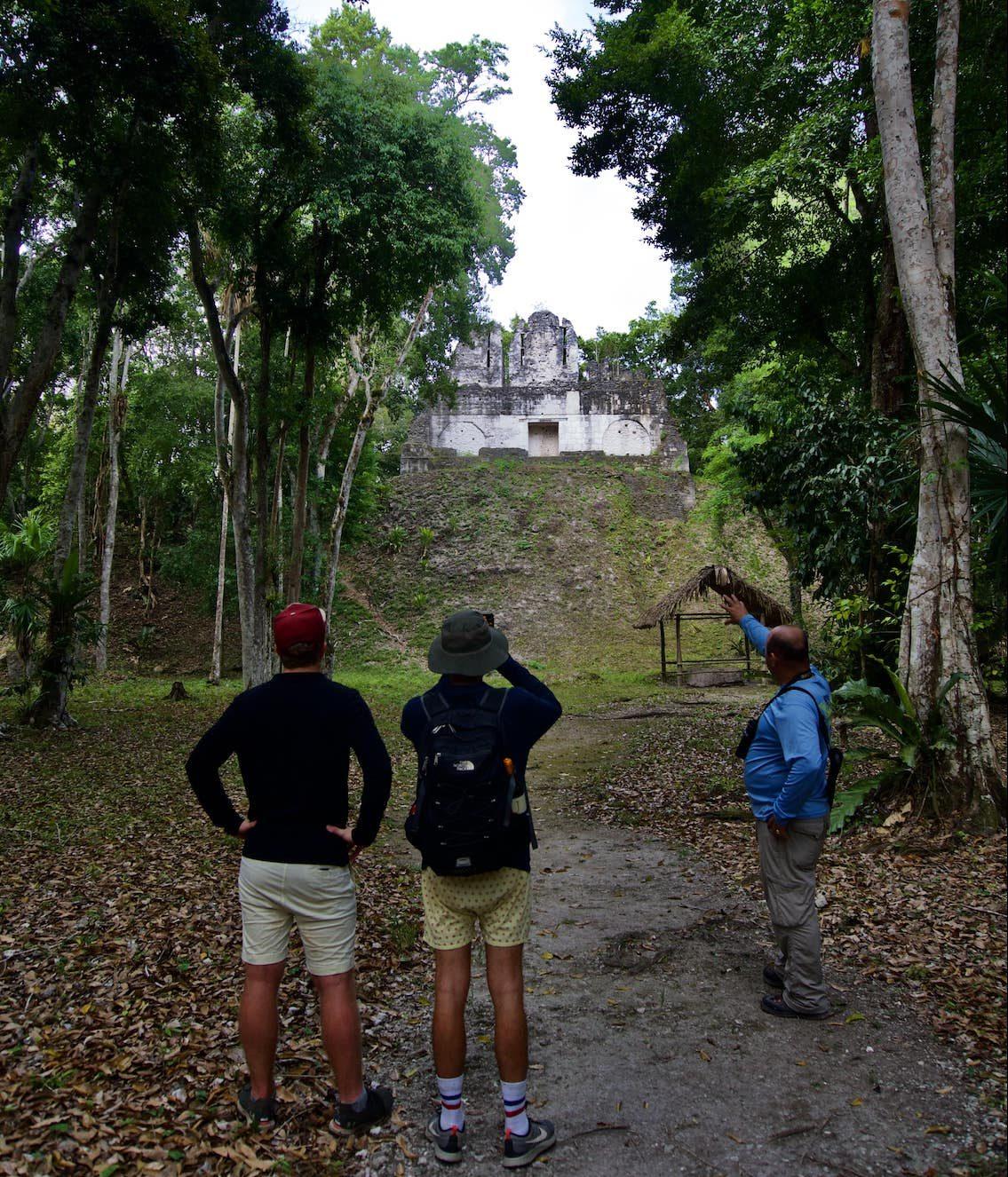 Lustrumreis Guatemala 4x4 Peten Nakum Gele Kontjes