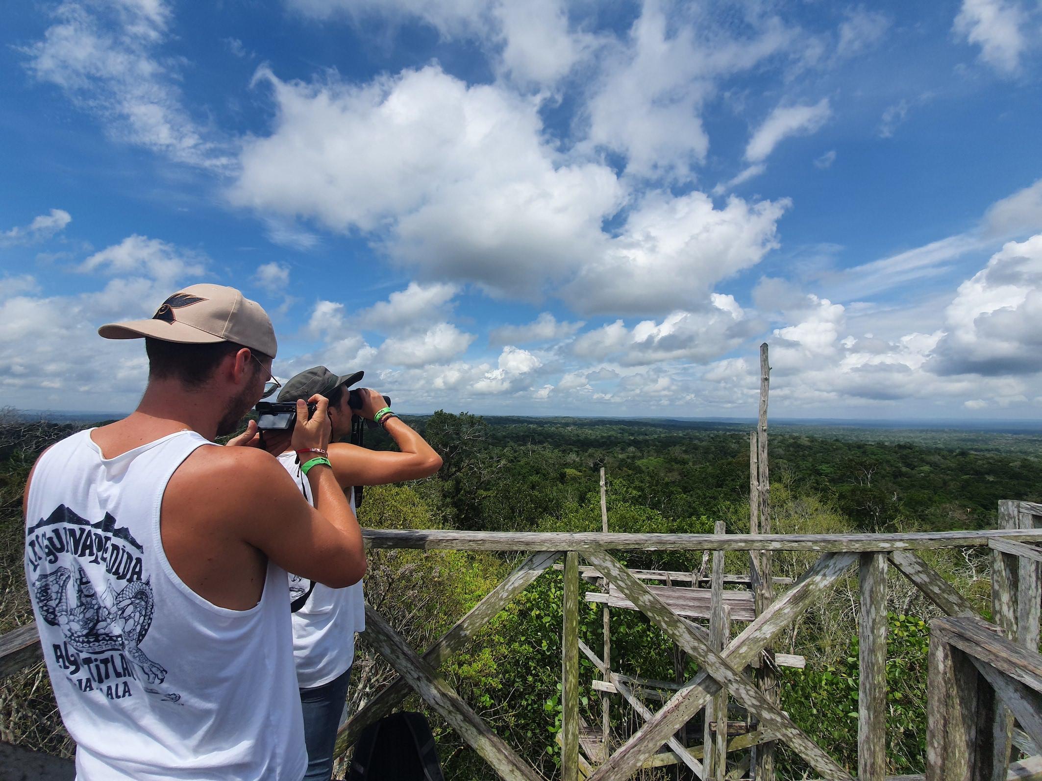 Lustrumreis Guatemala Peten 4x4 Trip Hike El Tigre view