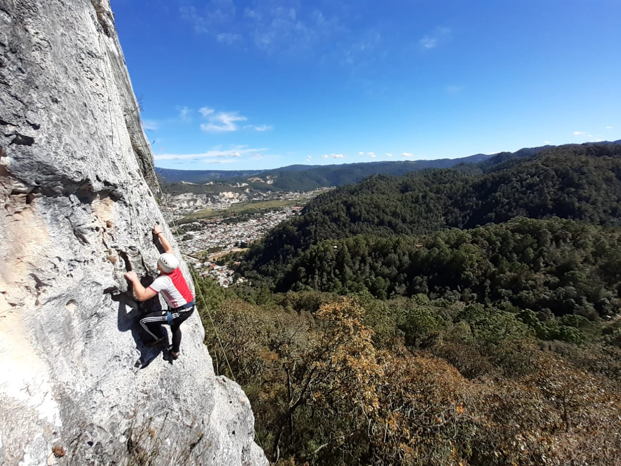 Lustrumreis Mexico San Cristobal de las Casas Rock Climbing 3