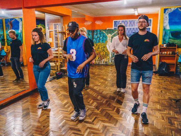 Leer salsa dansen tijdens je lustrumreis