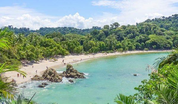 lustrumreis-costa-rica-manuel-antonio-beach