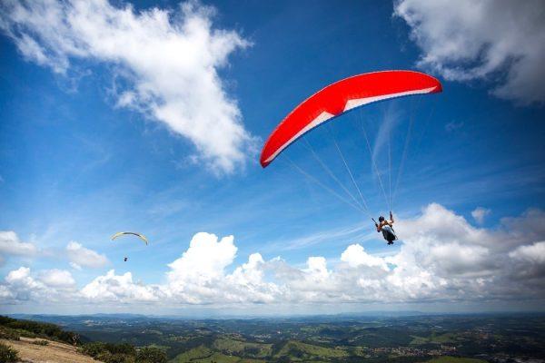 Ga paragliden tijdens je lustrumreis in Colombia